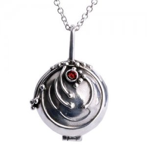 Elena Gilbert's Vervain Necklace